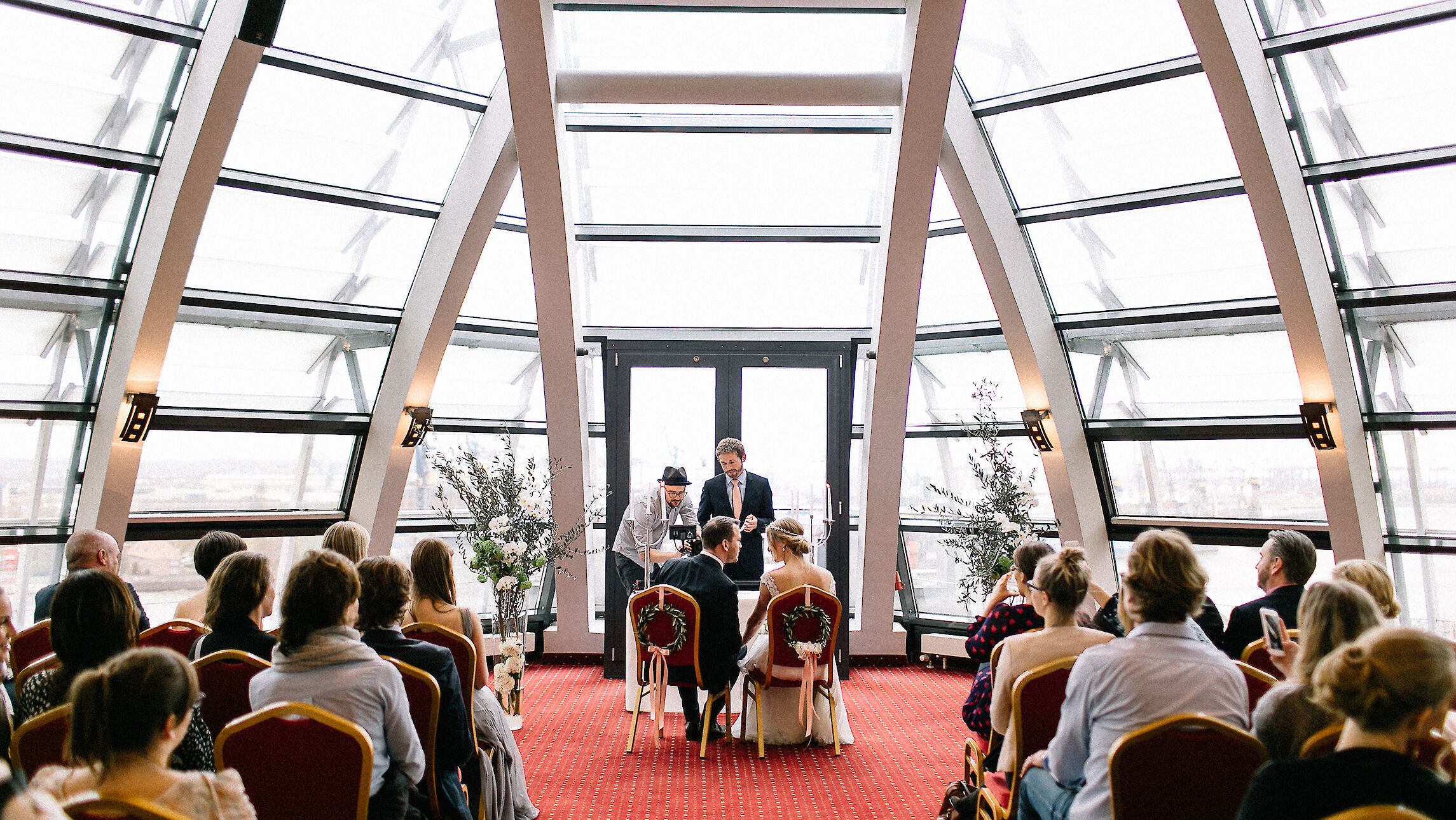 Wedding | Ceremony | Totale | Hotel Hafen Hamburg
