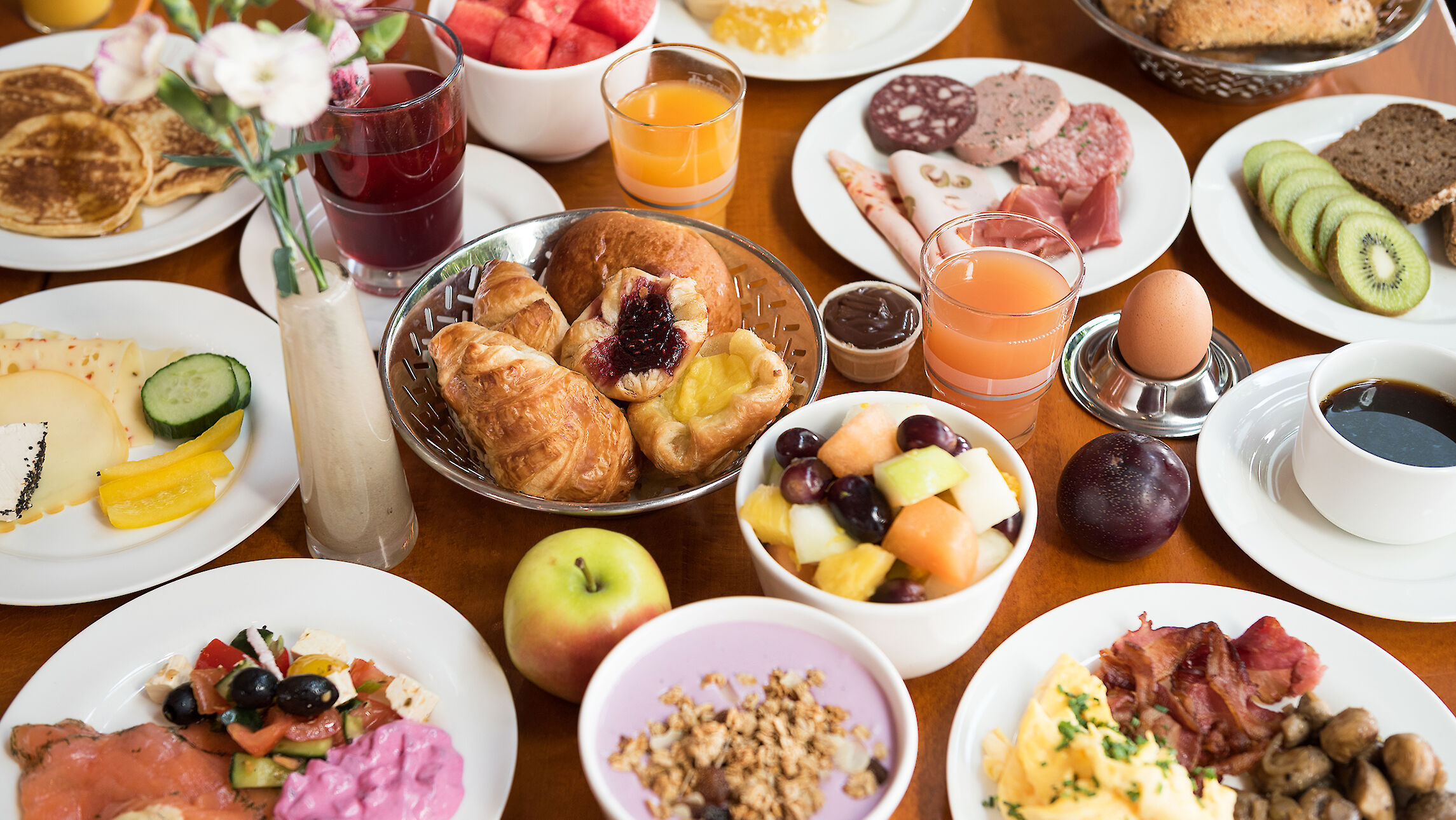 A selection from the breakfast menu at the Restaurant Port Hotel Hafen Hamburg